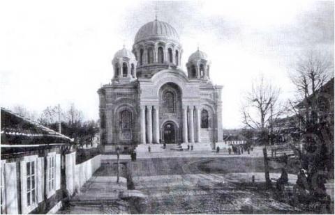 Įgulos Soboras – Šv. Arkangelo Mykolo bažnyčia (Nepriklausomybės a. 14 A)