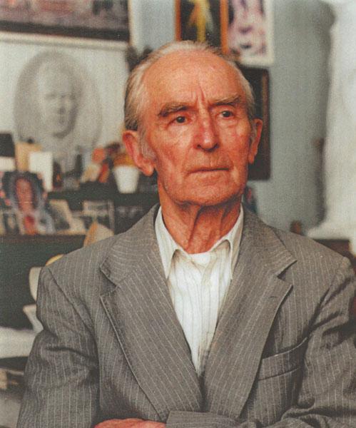 Vladas Žuklys  (1917 12 15–2013 01 29)