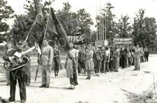 Sportininkai šventinių demonstracijų metu