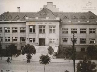 Veterinarijos akademijos centriniai rūmai. 1950 m.