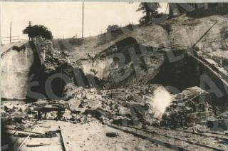 Susprogdintas Kauno geležinkelio tunelis. 1944 m.
