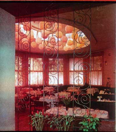 """Kavinės """"Tulpė"""" interjeras 1978 m."""