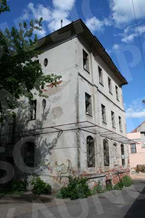 Apleista buvusi žydų ligoninė. 2010 m.