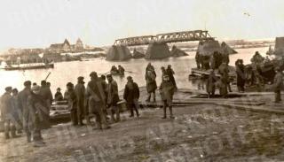 Potvynio sugriautas Vilijampolės tiltas. 1926 m.