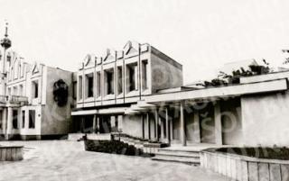 """Architekto Felikso Vizbaro namas, kuriame 1982 m. buvo įkurta """"Kauko"""" kavinė-restoranas"""
